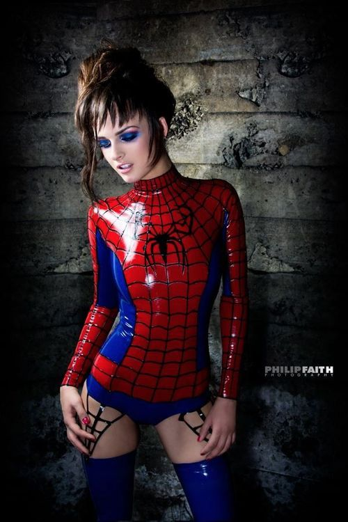 sexy-spiderman5